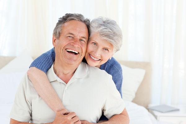 ¿Cómo pueden ayudarte los Implantes dentales?