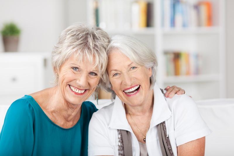 ¿Cómo afecta la menopausia en la salud buco-dental?