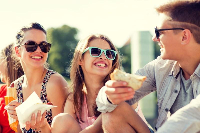Compaginar la ortodoncia con tu vida social ya es posible